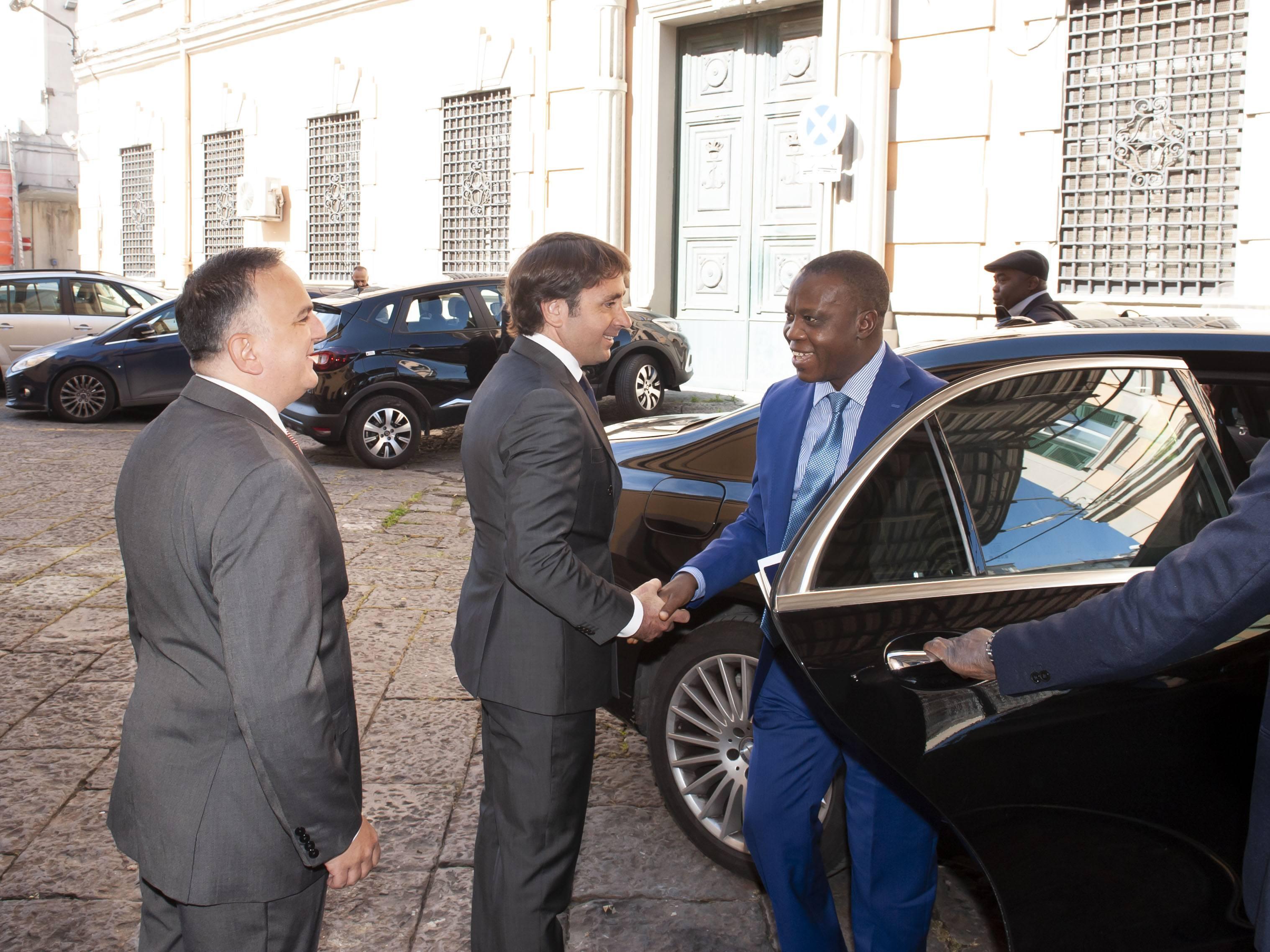 (Italiano) 17 maggio 2019, l'Ambasciatore Nigeriano ha visitato Eligroup per discutere di opportunità lavorative.